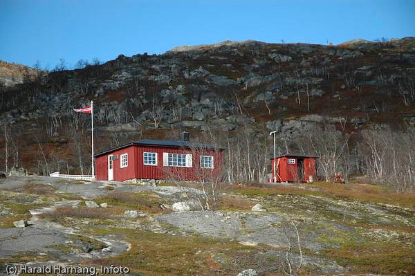 Hytte(r) på Bjørnfjell på norsk side.