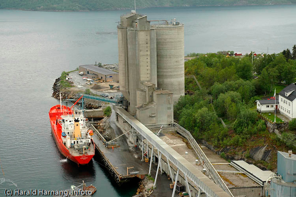 Norcems sementfabrikk i Kjøpsvik, Tysfjord kommune.