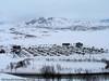 Campingvogner og spiketelt på området rett nedenfor Lapplandia/Riksgrensen og nedenfor Marie Pigg. For en stor del er dette norske campingvogner.