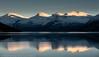 Fjellrekka innerst i Efjord, Ballangen kommune, Nordland fylke.
