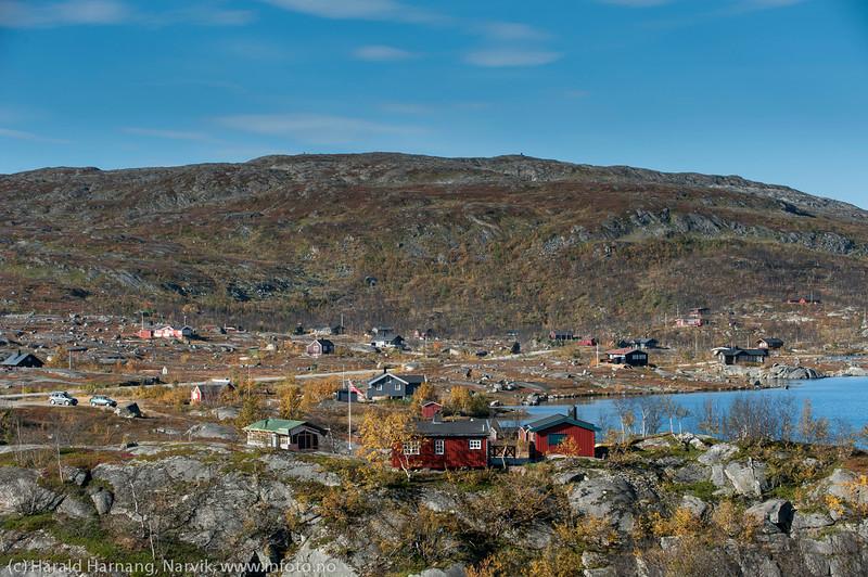 Hytter rundt Pettersenvatnet på Bjørnfjell