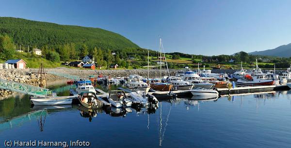 Kjeldebotn, småbåthavn