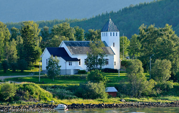 Kirka i Kjeldebotn