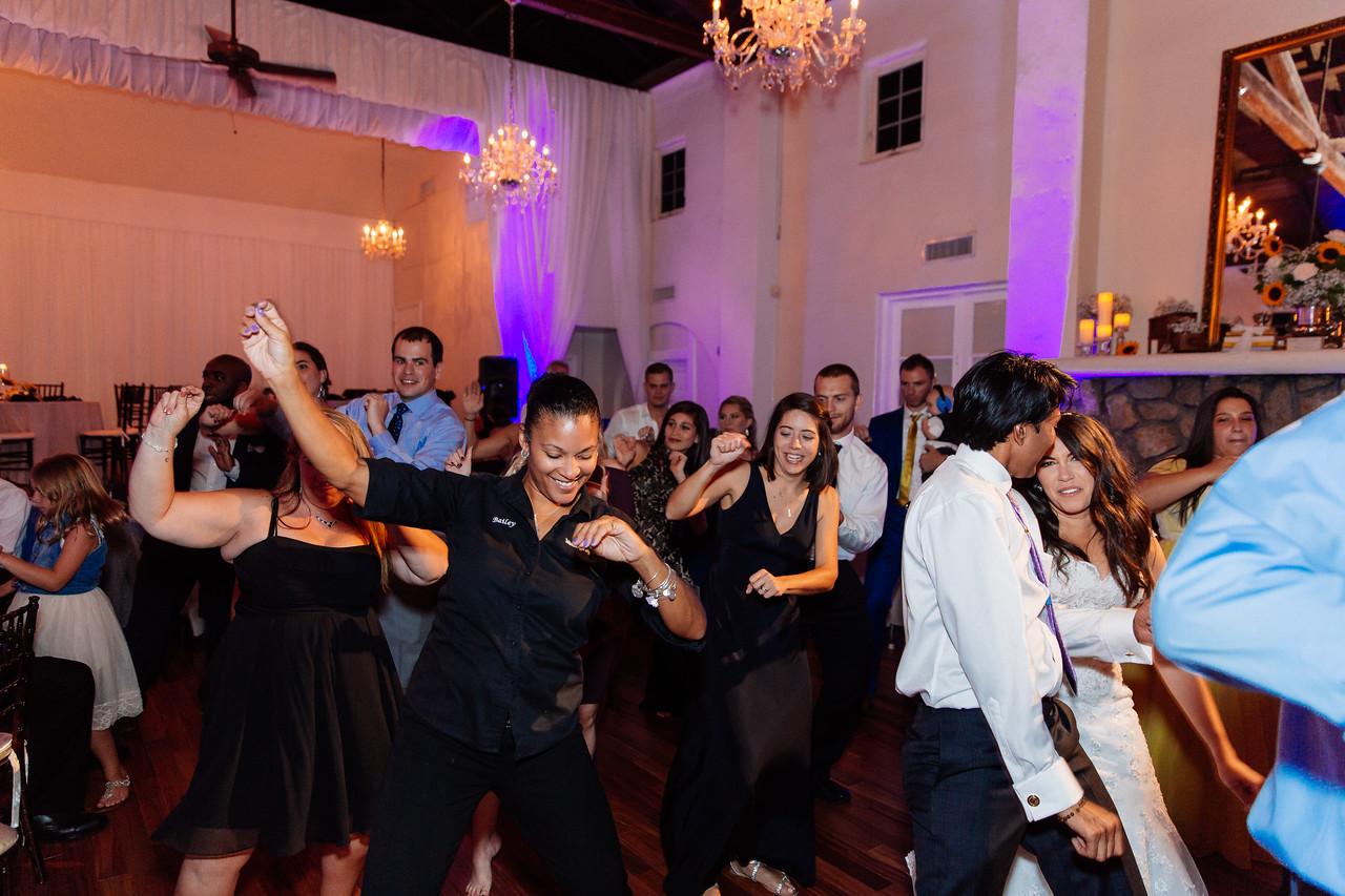 Womens-Club-Miami-Wedding-Andreo-30334