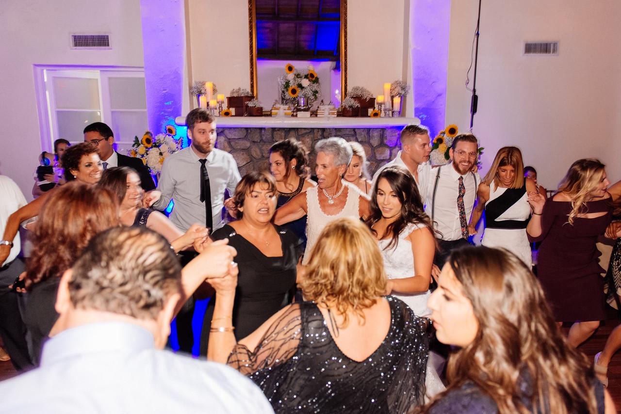 Womens-Club-Miami-Wedding-Andreo-30181