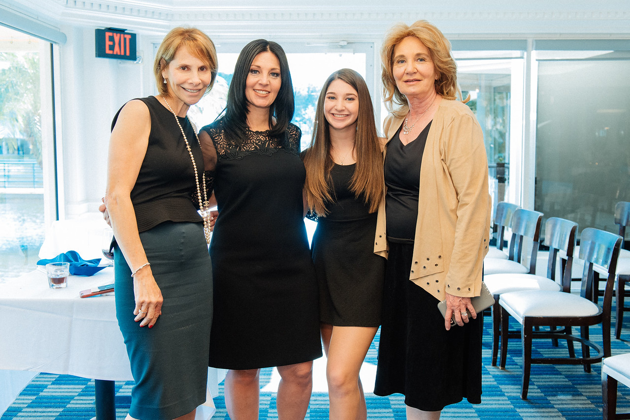 Palm-Beach-Bar-Bat-Mitzvah-Photographer-800_9069