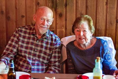 Andrew and Erin Family Dinner 06 24 2016-3