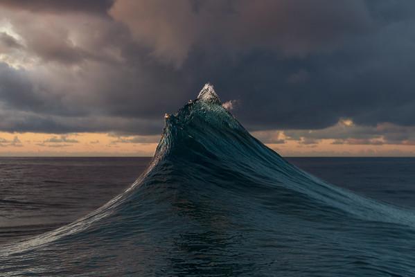 Wave Mountain - Savage Islands