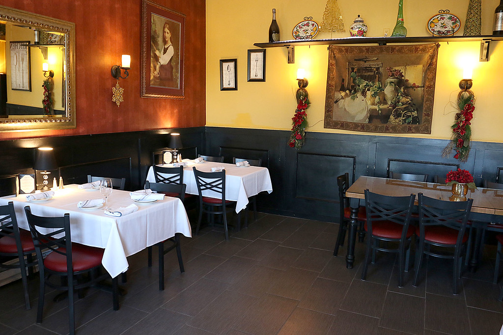 . A view of some of the dinning area at Angelina\'s Italian Restaurant in Tewksbury. SUN/JOHN LOVE