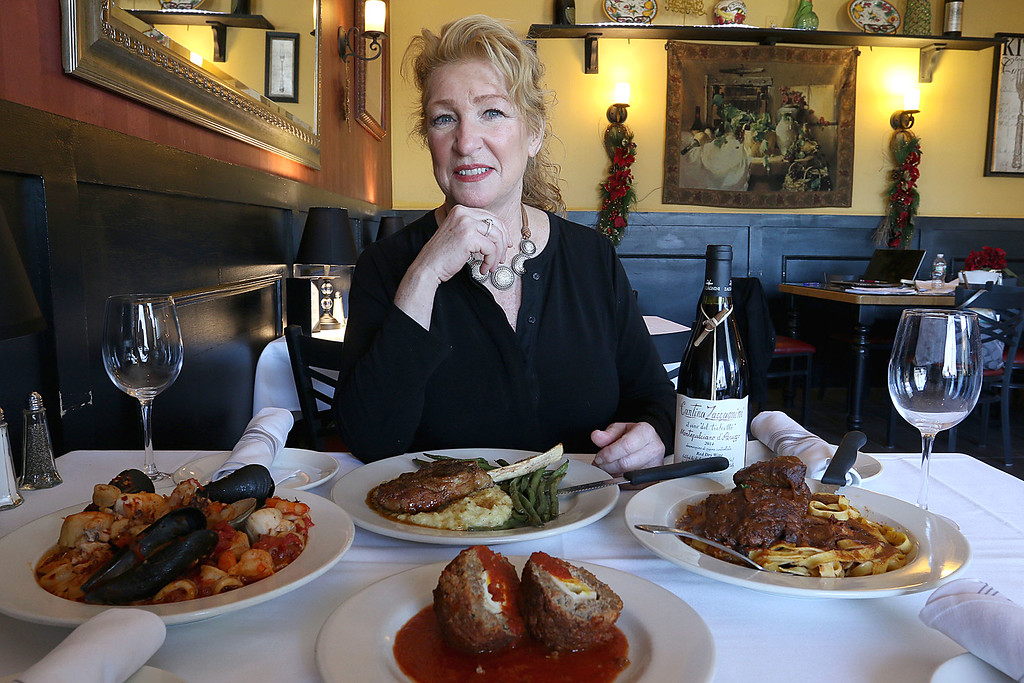 . Angelina\'s Italian Restaurant in Tewksbury. SUN/JOHN LOVE