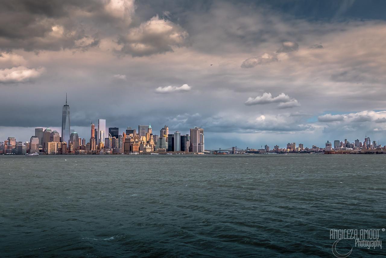 Manhattan and Brooklyn skyline