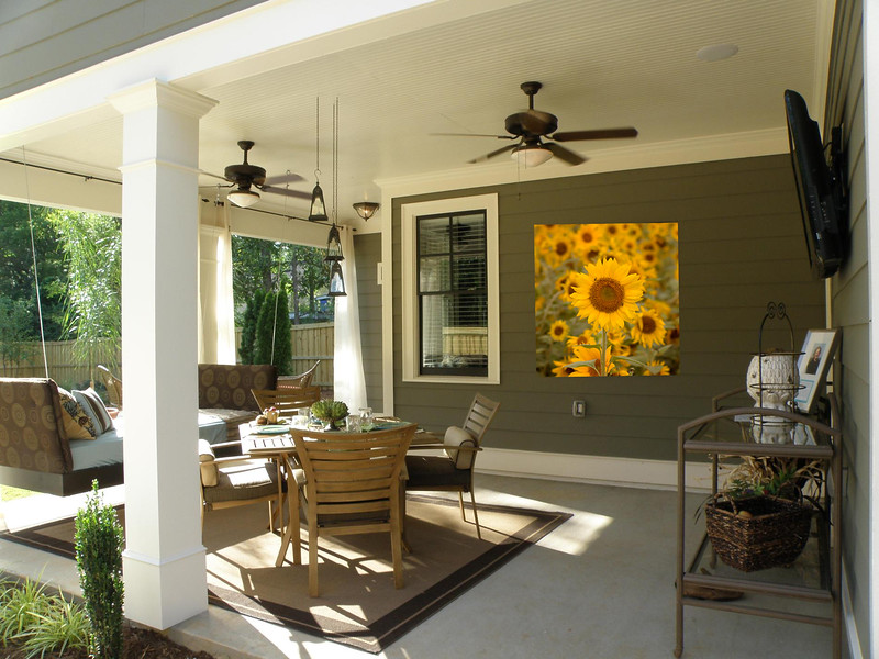 Metal prints add a bit of interest and beauty to patios and outdoor living spaces. These durable, easy to clean prints are intensely colored and can withstand weather and full sun for years without warping or fading.