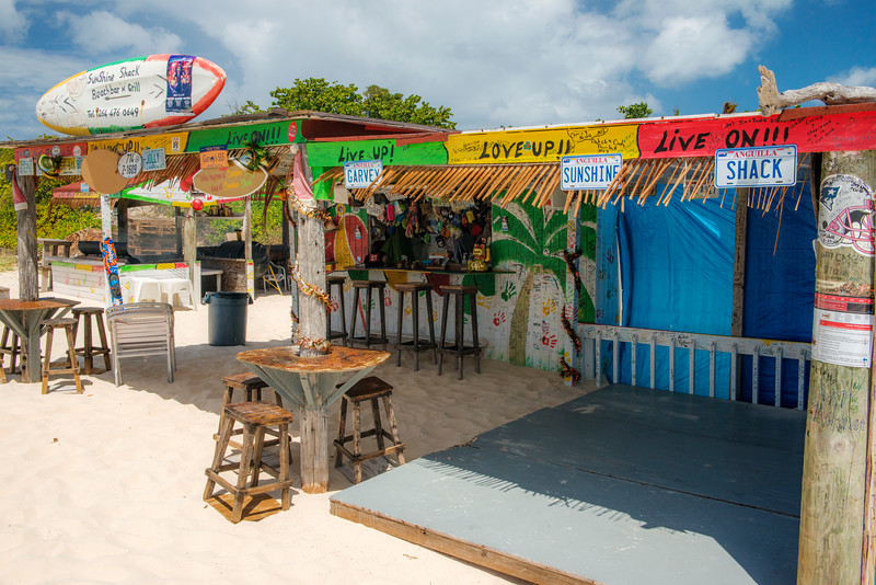 The Sunshine Shack is the perfect place to spend an afternoon. Great music, drinks and food (the ribs were amazing!). The beach at Rendezvous Bay is stunning, with beautiful views across the water to the mountains island of St Maarten. No doubt we'll be coming back here hopefully soon.