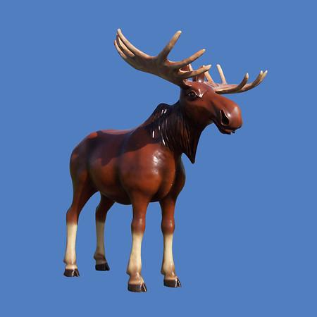 Moose, 9'H #7028