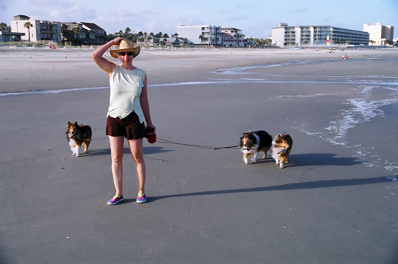 Ursa with Lise, Cinnamon, and Cheynne. June 2006 on Folly Beach