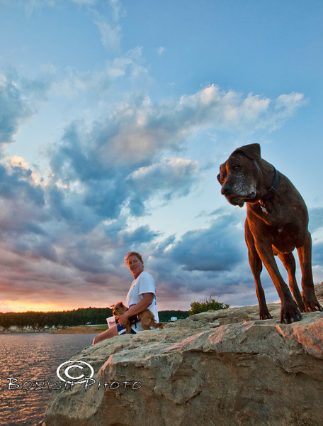 Hanging out with Cindy and Little, Luca always staying alert to his surroundings - Bull Shoals Lake in Arkansas - Photo by Pat Bonish
