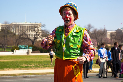 A clown from the Ringling Bros. and Barnum & Bailey Circus parades  before the US Capitol to kick off the showing of BARNUM 200SM, a 200-year anniversary show. In Washington DC on March 22, 2011. (Photo by Jeff Malet)
