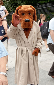 McGruff the Crime Dog (White House north gate)