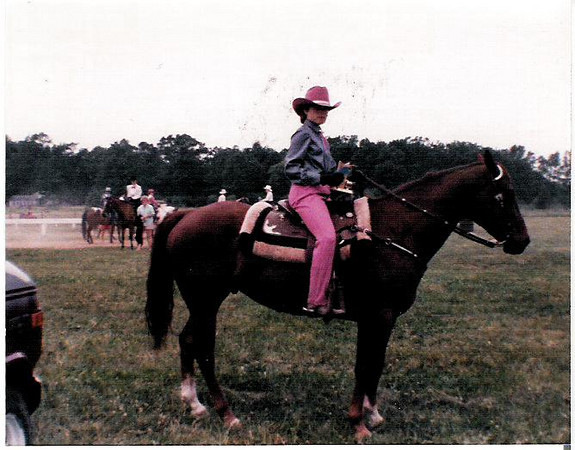 1987- Imperial Royal-Kal Val 1st place Western Pleasure.