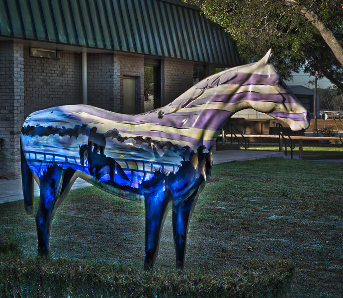 """Morning Colors"" Ocala Horse Fever statue"