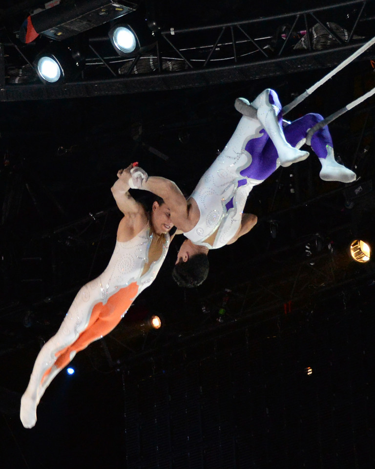 Flying Trapeze 01