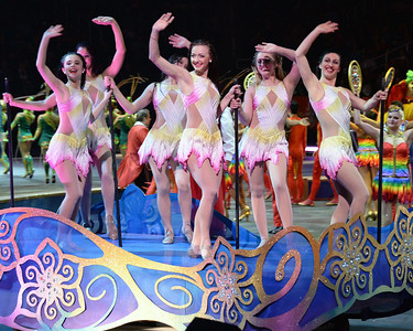 Circus parade 06