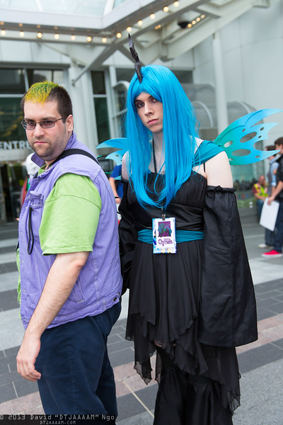 Spike and Queen Chrysalis