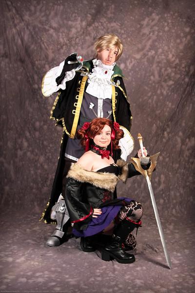 Amy Sorel and Raphael Sorel of Soul Calibur 4 Costume Contestants at Anime Weekend Atlanta 14