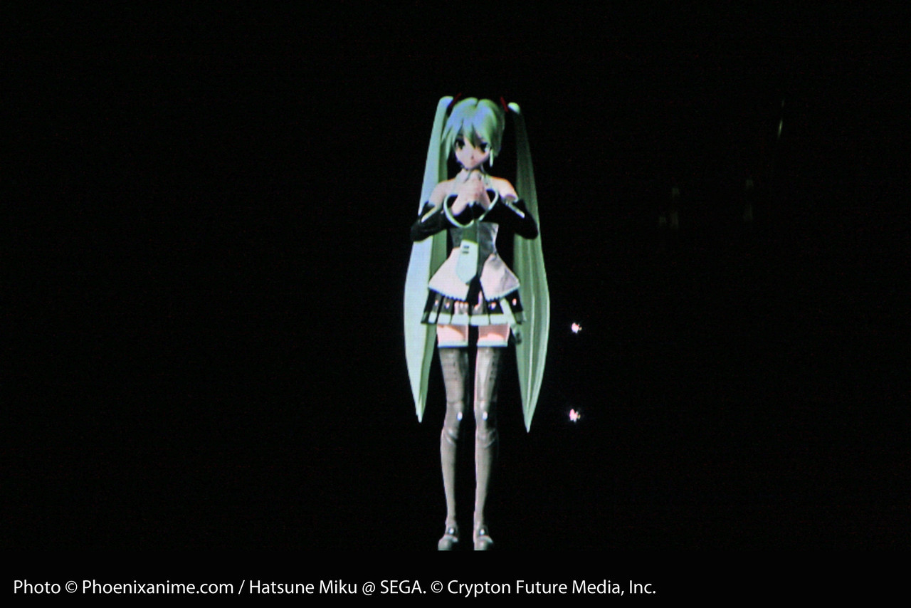 Miku changes back into her original outfit to finish the play set with Hajimete no Oto