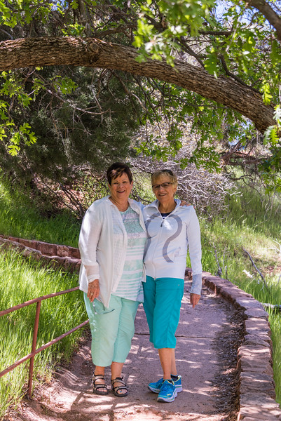201-04-23 Dick & LouAnn Circuit & Anita at Zion's NP_0064