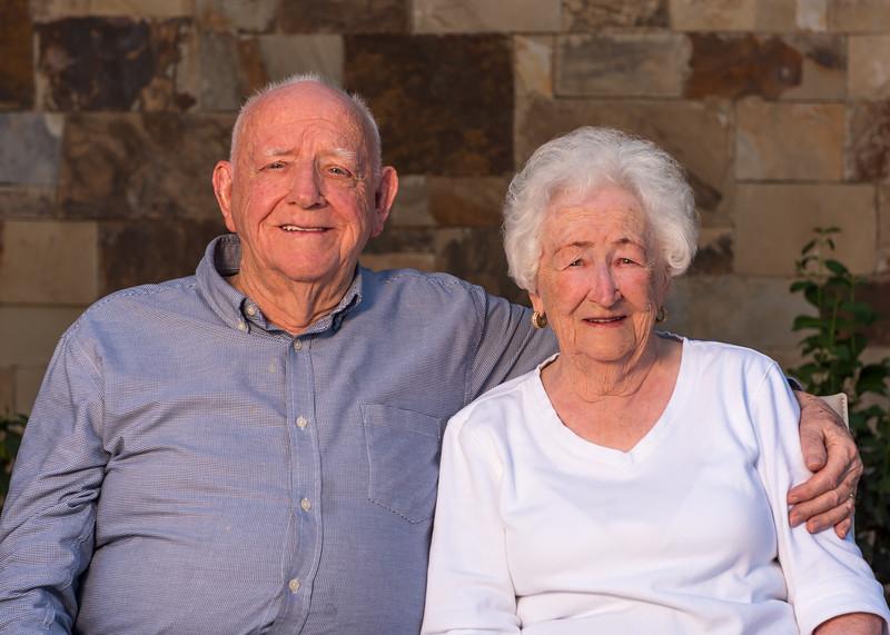 2019-09-07 Howard & Verla Walker Family_0005