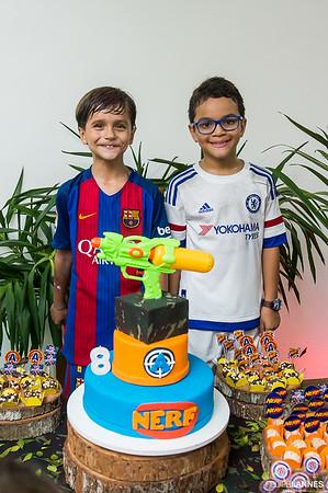 Artur - 8 anos e Antônio - 8 anos
