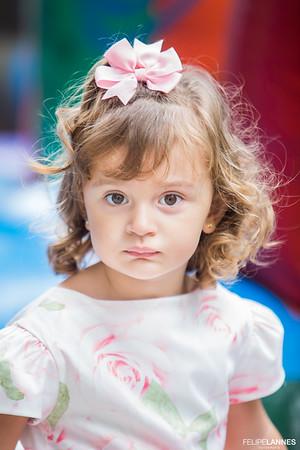 Sofia Capri - 02 anos