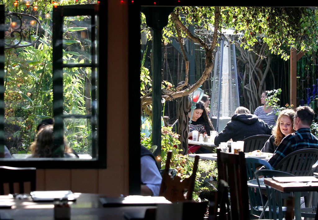 . Dining al fresco is a time-honored tradition at The Crepe Place. (Shmuel Thaler -- Santa Cruz Sentinel)