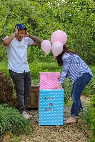 Anna and George Baby announcement