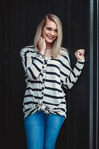 Anna-25