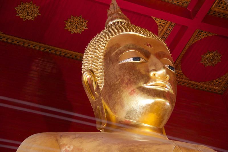 AYUTTHAYA  Wihan Phramongkhon Bophit - Phra Mongkhon Bophit (bronze cast Buddha image)