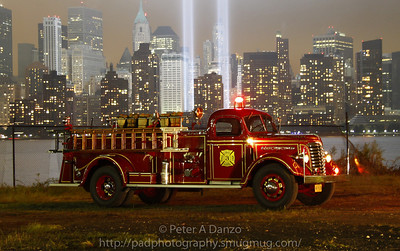 West Paterson NJ Fire Dept, Fire Co.3, 1941 GMC 500GPM/200GWT pumper. 09-11-11
