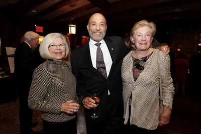 NMHS_2019_065 Richardo Lopes with Ann White & Margherita Sorio