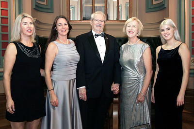 NMHS_2019_034 Award Recipient Jean Wort, Ronald Oswald & Family