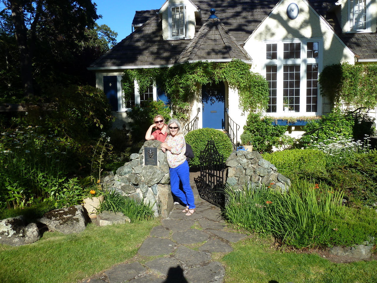 With Moira in front of her lovely home in Victoria, BC, Canada.
