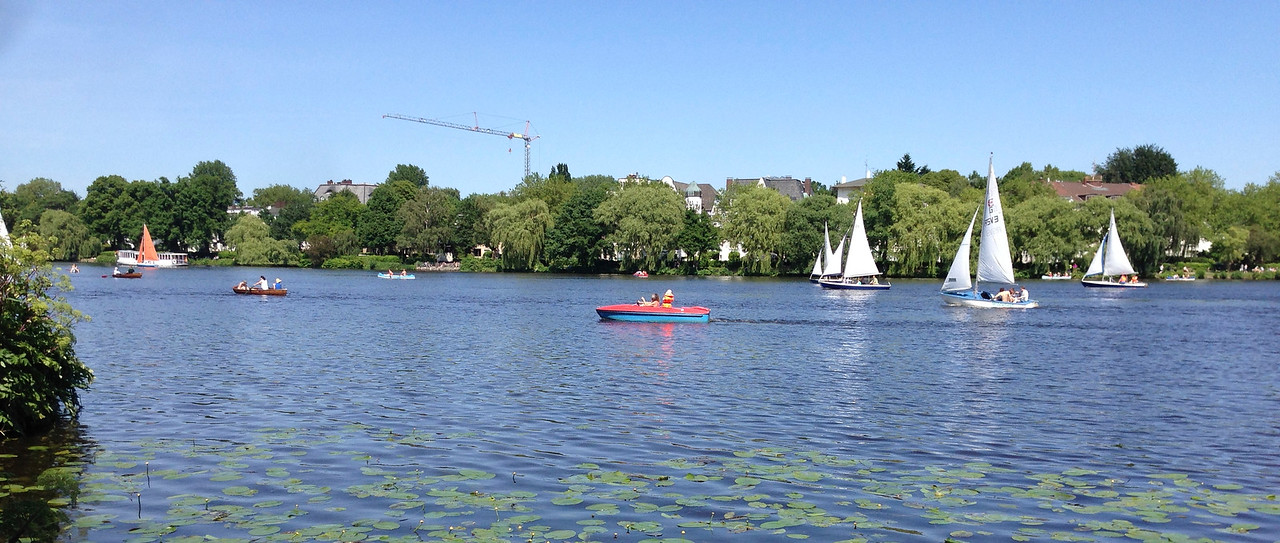 Rob adds on a trip to Hamburg after Bratislava. Classice view of the main lake inside the city.