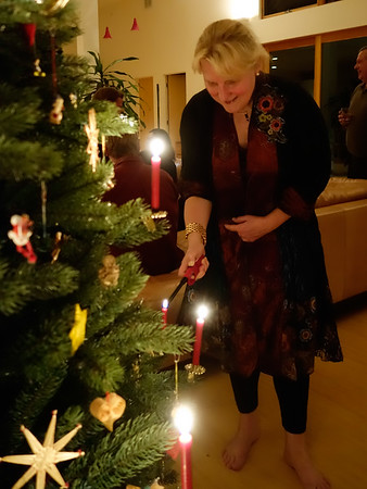 Lighting the candles on the tree!!