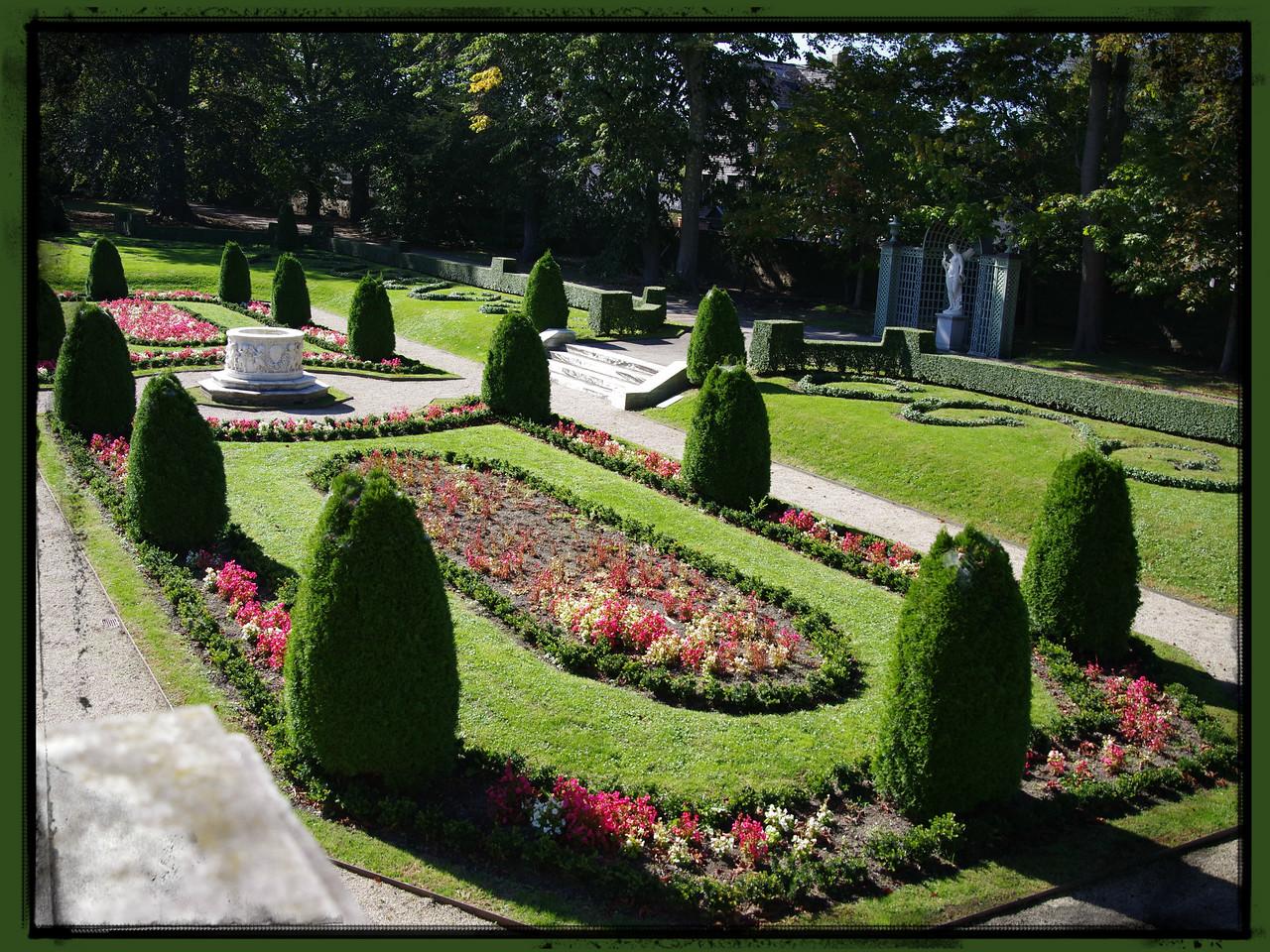 Sunken Garden at the Elms