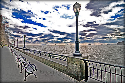 Sea wall on the Hudson, Manhattan, NY