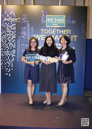 anphabe | VIETNAM 100 BEST PLACES TO WORK 2020 instant print photobooth @ Vinpearl Luxury Landmark 81 | Chụp ảnh in hình lấy liền tại TP Hồ Chí Minh | Photobooth Saigon