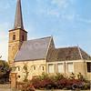 An0026 <br /> Ned.-herv. kerk, gebouwd omstreeks 1080, 13de-eeuwse toren. Grotendeels verwoest in 1574, herbouwd in 1595. De toren is gerestaureerd in 1957/58 door de firma De Raat. Het kerkgebouw is gerestaureerd in 1971/73 onder leiding van architect Van der Sterre. Het oudste tufstenen deel met romaanse ramen is in de oorspronkelijke staat teruggebracht,. Oude zij-ingang weer aangebracht. Het lage gedeelte dateert uit de 18e eeuw. Foto: ca. 1973.