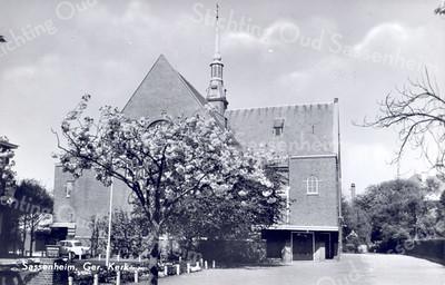 An0001 <br /> Gereformeerde kerk in de Julianalaan, gebouwd in 1911 door architect Th. Anema. Verbouwd in 1927/28 door architect B.T. Boeijinga. Foto: begin jaren '60.