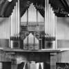 An0071 <br /> Het interieur (liturgisch centrum) van de Gereformeerde kerk (Julianakerk) is ontworpen door architect B.T. Boeijinga bij de verbouwing van de kerk in 1929. Het orgelfront is ontworpen door orgelbouwer E. Leeflang te Apeldoorn bij de vernieuwing van het orgel in 1958 .