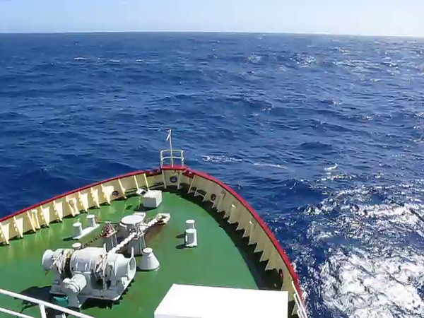 Exciting seas on the way back from the Antarctic Pennisula.  But blue skies.
